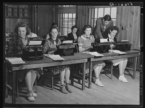 Students in typing class in school. Ashwood Plantations, South Carolina. Library of Congress. http://www.loc.gov/pictures/item/fsa2000032060/PP/resource/