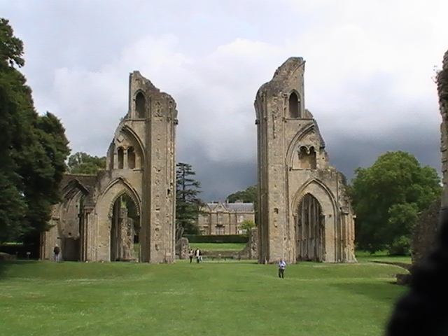 The Ruins of Glastonbury Abbey. (c) 2016 Shannon Combs-Bennett. Used with permission.